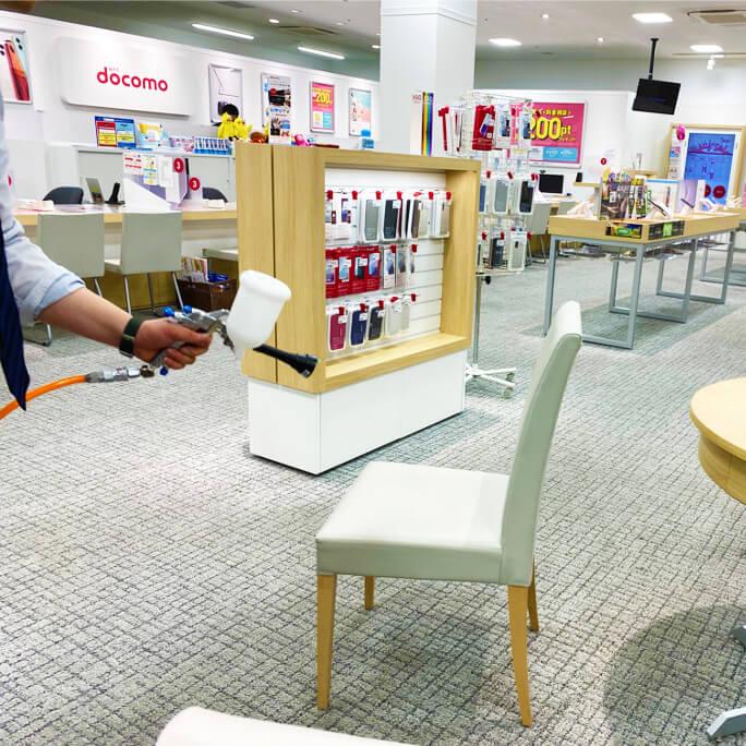 ドコモショップ様カウンター、テーブル等ショップ内施工
